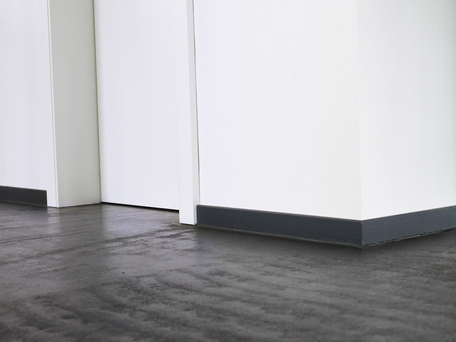 article 623821. Black Bedroom Furniture Sets. Home Design Ideas